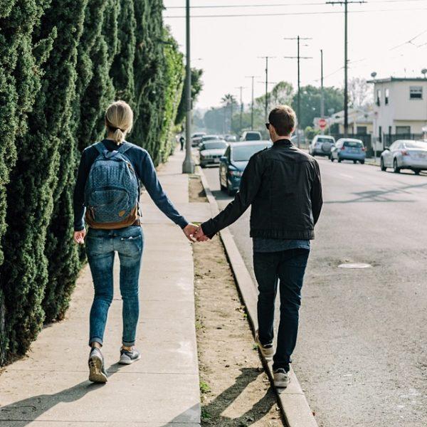 Date Ideas That Won't Break the Bank